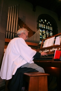Dr Edgar Brown Plays the Organ